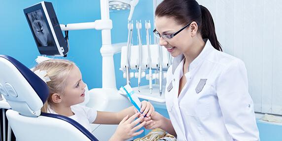 Mary Katherine Matthews, DDS - Pediatric Dentistry - Electric vs Manual Brushes